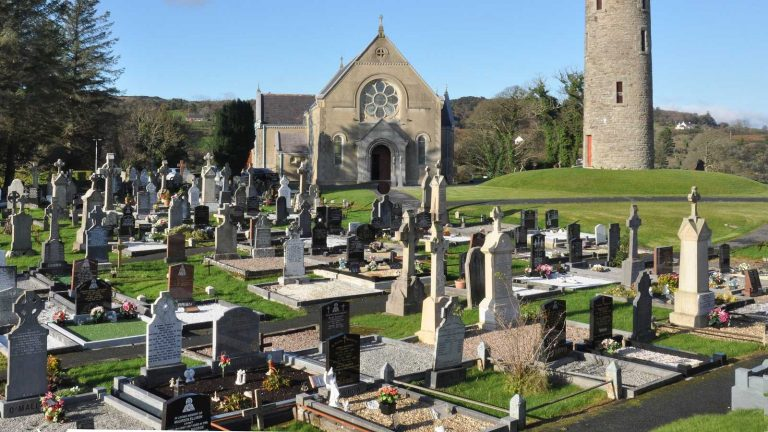 Reasons to Choose Burial Over Cremation